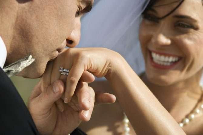 Bleaching vor der Hochzeit für einen unvergesslichen Tag