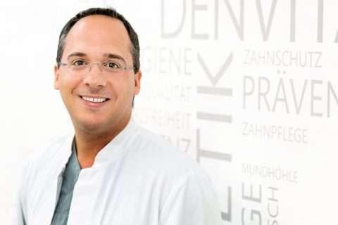 Dr. med. dent. Michail Skoulatos